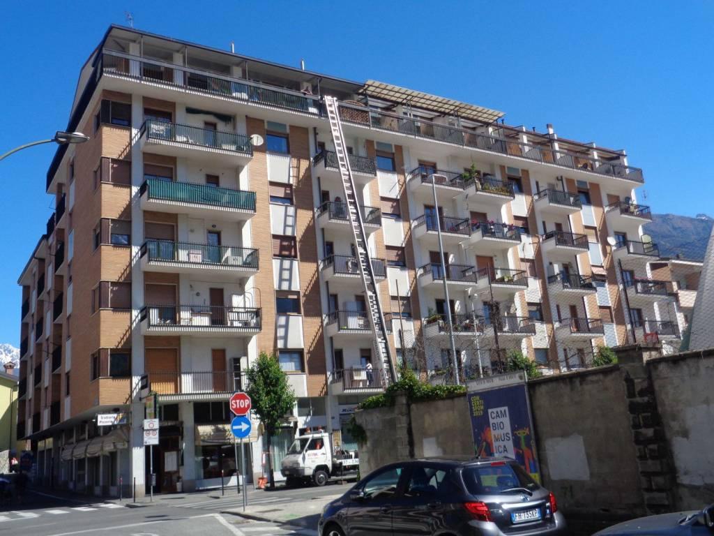 Foto 1 di Trilocale via Torino, Aosta