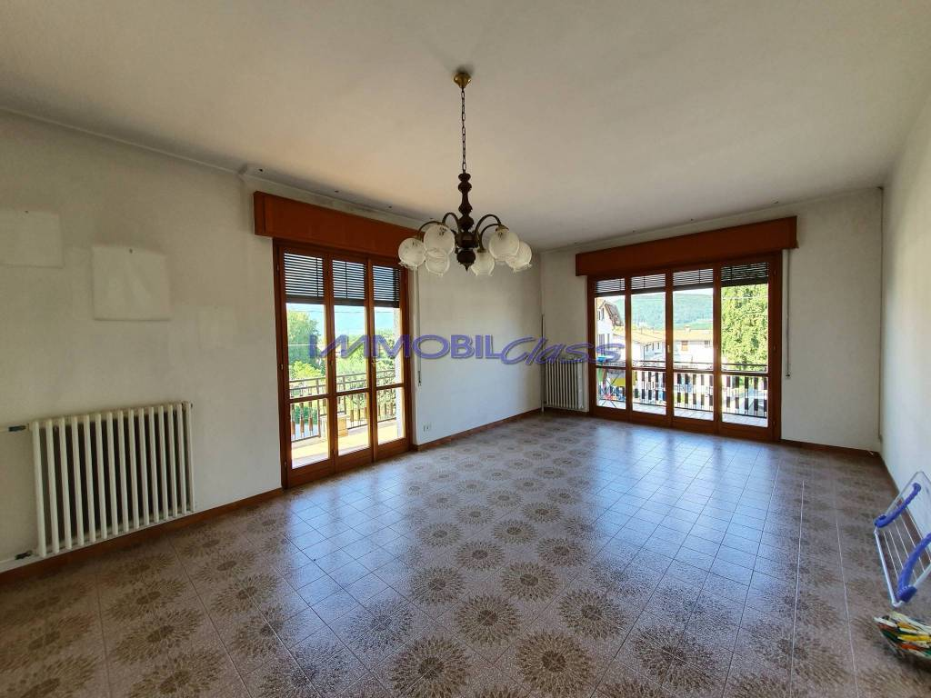 Appartamento in vendita a Faloppio, 3 locali, prezzo € 165.000 | PortaleAgenzieImmobiliari.it