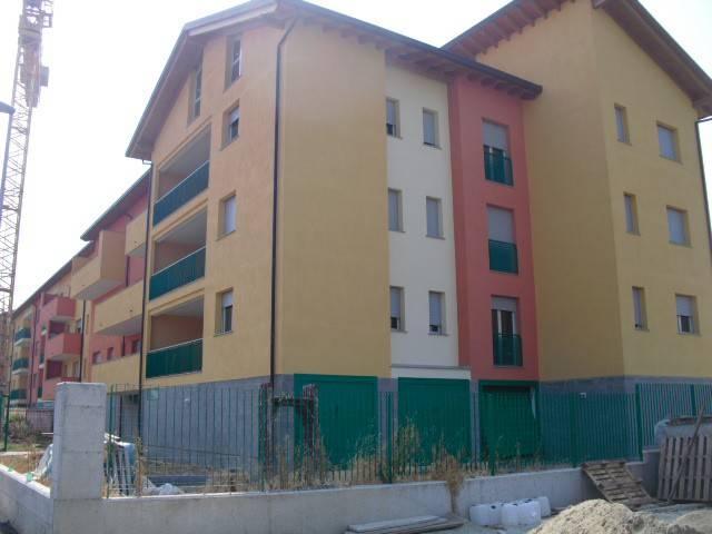 Appartamento in vendita a Vercelli, 4 locali, prezzo € 231.000 | CambioCasa.it