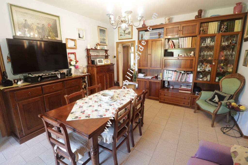 Appartamento in Vendita a Rosignano Marittimo Centro: 4 locali, 70 mq