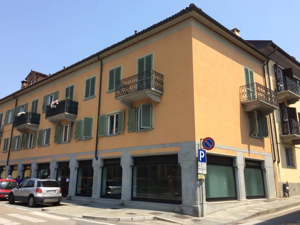 Negozio / Locale in affitto a Chieri, 2 locali, prezzo € 2.400 | PortaleAgenzieImmobiliari.it