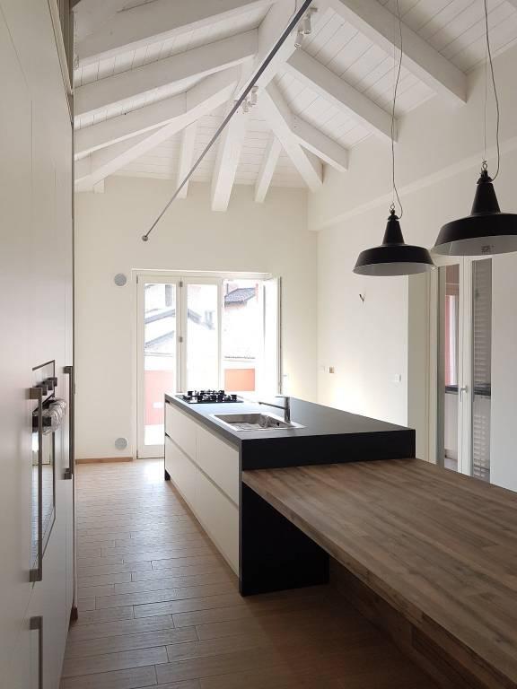 Appartamento in affitto a Chieri, 6 locali, Trattative riservate | CambioCasa.it