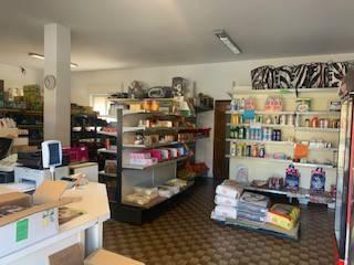 Negozio / Locale in vendita a Credaro, 3 locali, prezzo € 90.000 | PortaleAgenzieImmobiliari.it