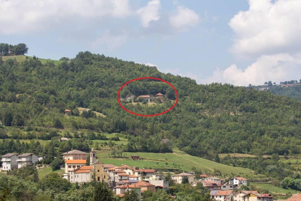 Rustico / Casale in vendita a Castelletto Uzzone, 10 locali, prezzo € 145.000 | PortaleAgenzieImmobiliari.it