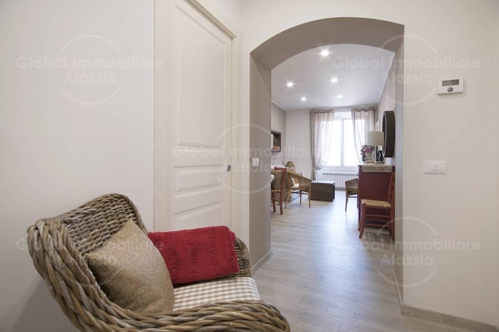 Appartamento in affitto a Imperia, 4 locali, Trattative riservate | PortaleAgenzieImmobiliari.it