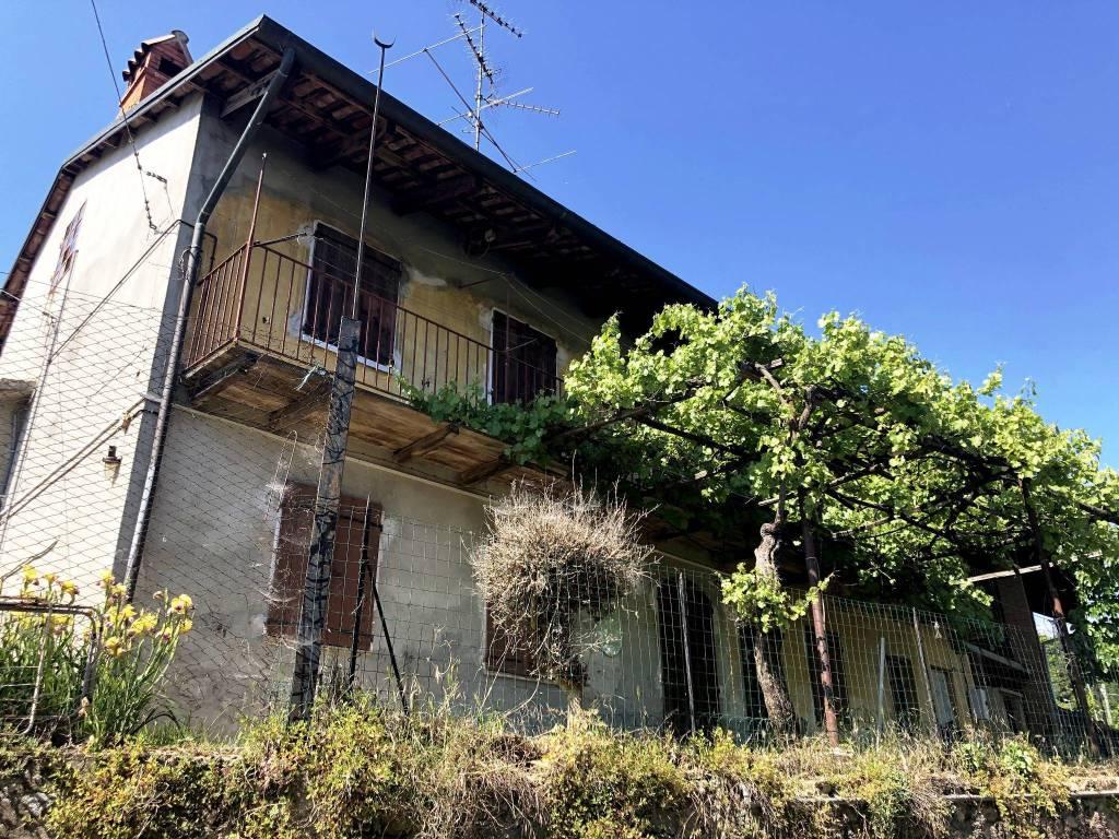 Foto 1 di Rustico / Casale via al Castello 51, Roppolo