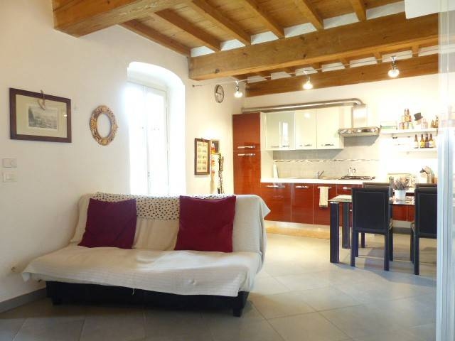 Foto 1 di Bilocale via Torre Frati 36, Cuneo