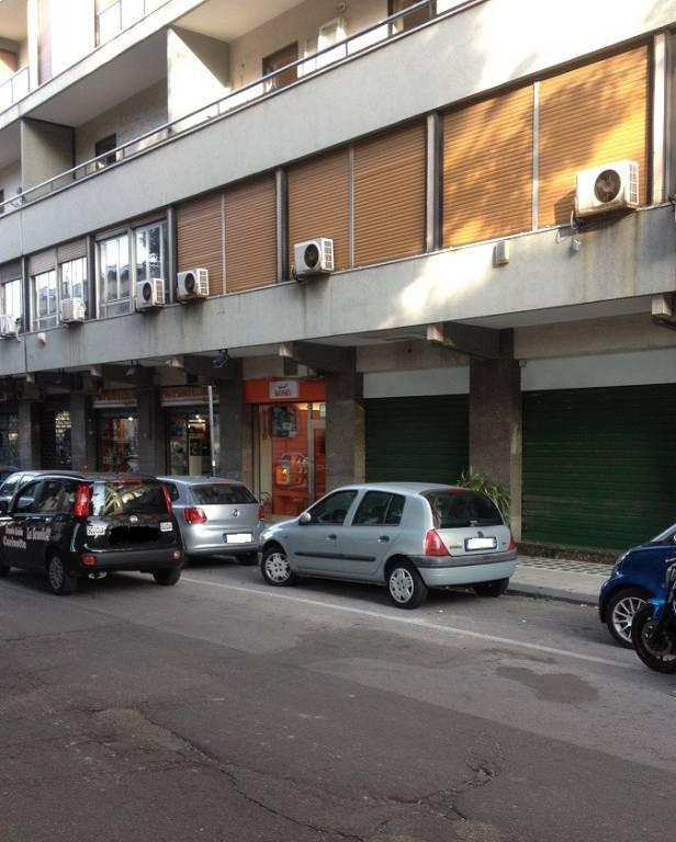Negozio-locale in Vendita a Messina Centro: 1 locali, 60 mq