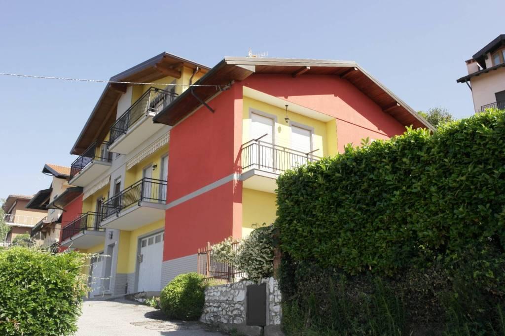 Besozzo Superiore:panoramico e soleggiato appartamento