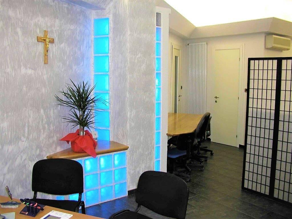 ufficio-negozio-studio via De Fin Rif. 8737049