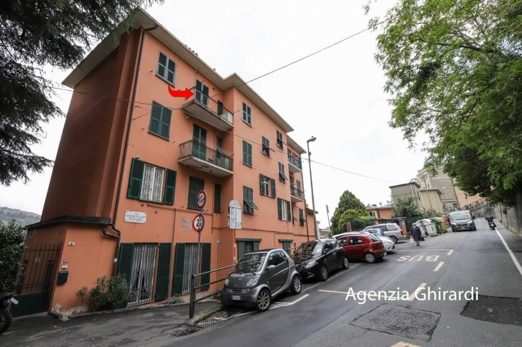 Foto 1 di Trilocale via Giovanni Battista Oliveri 6, Genova (zona Marassi-Staglieno)
