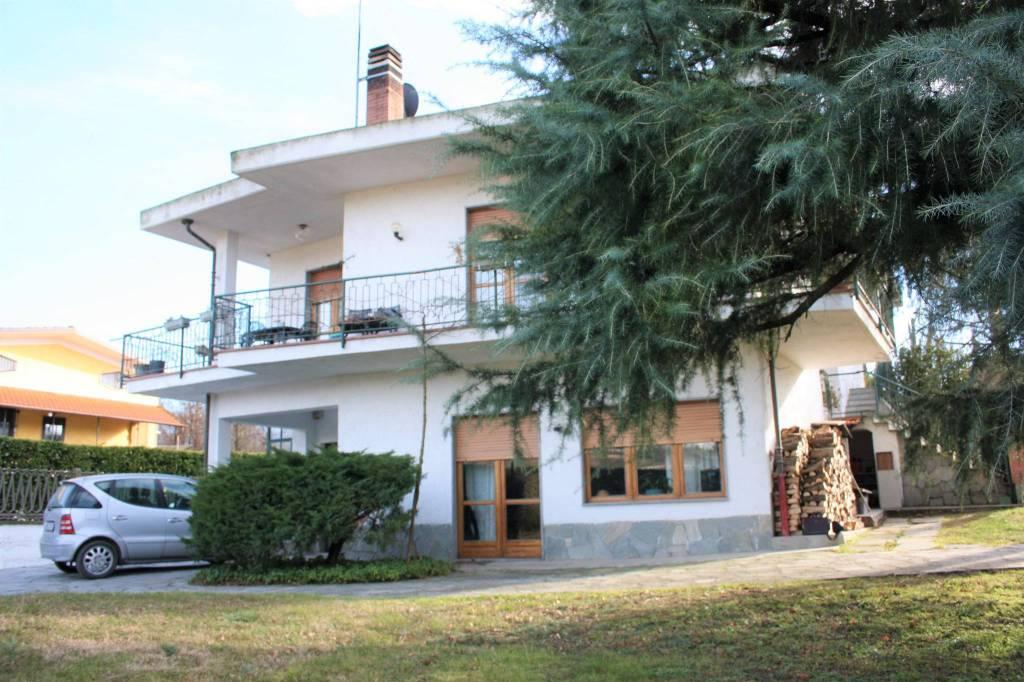 Foto 1 di Villa via delle Vigne 1, Reano