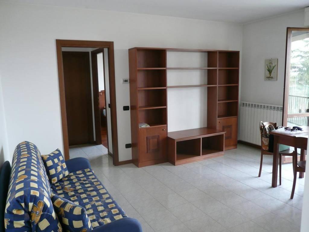 Appartamento in affitto a Olgiate Olona, 2 locali, prezzo € 480 | CambioCasa.it