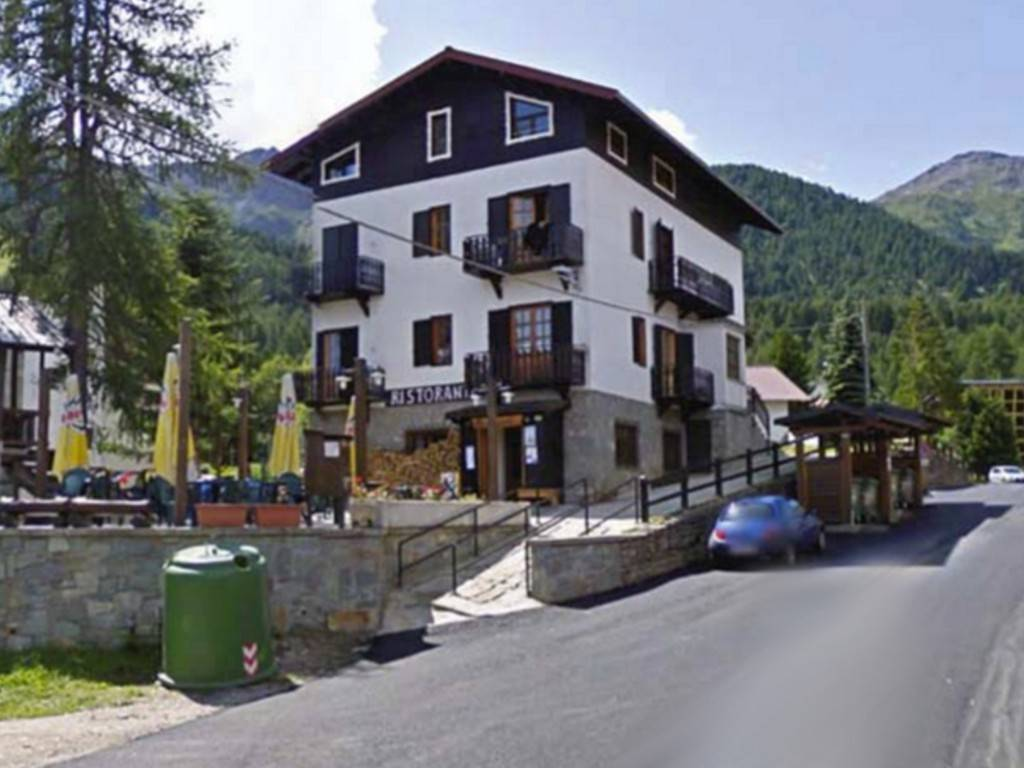 Negozio / Locale in vendita a Chiomonte, 6 locali, prezzo € 70.000 | PortaleAgenzieImmobiliari.it