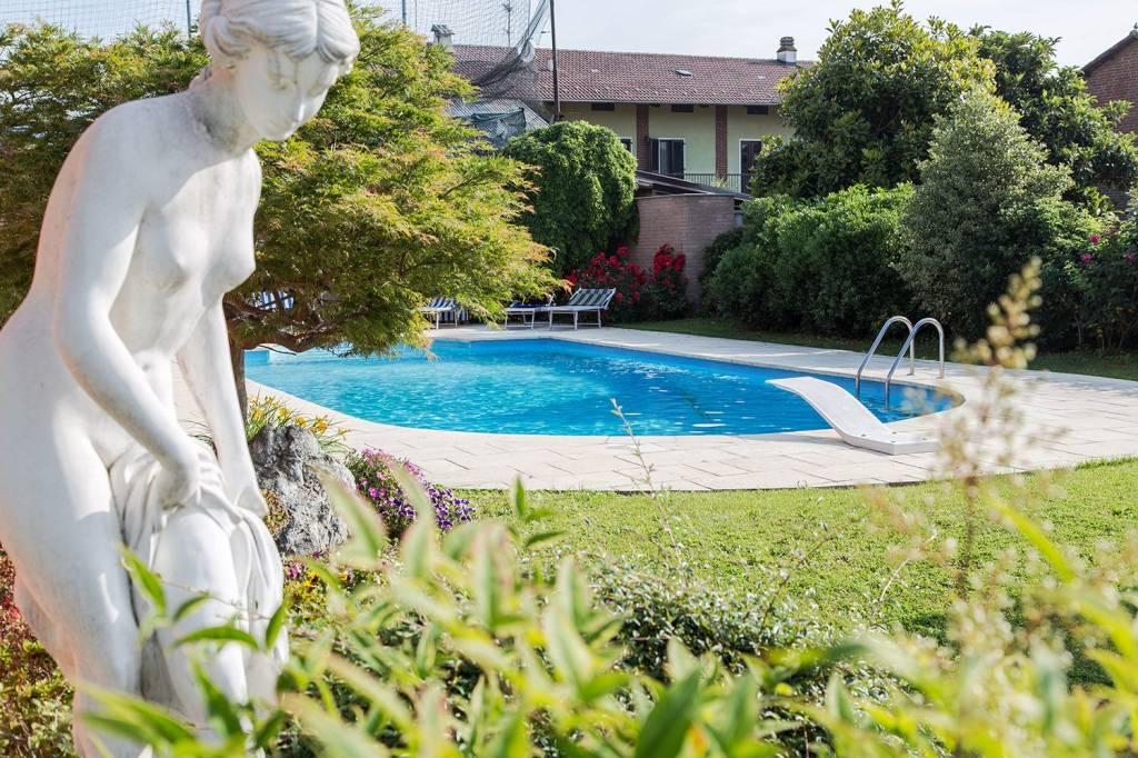 Foto 1 di Villa via Farini, Cigliano