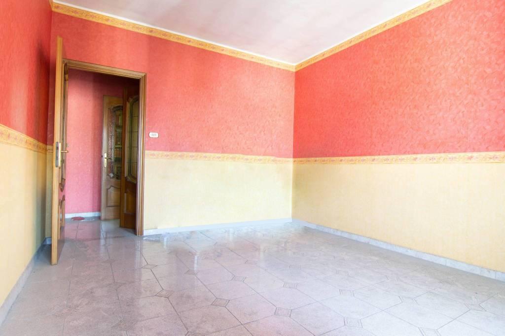 Foto 1 di Trilocale via Giacomo Dina 64/24, Torino (zona Mirafiori)