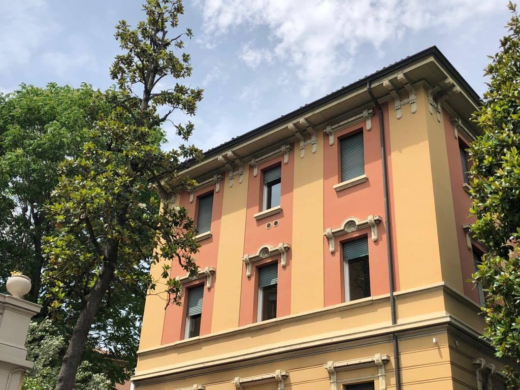 Foto 1 di Villa viale Giambattista Ercolani 3, Bologna (zona San Vitale - Massarenti)