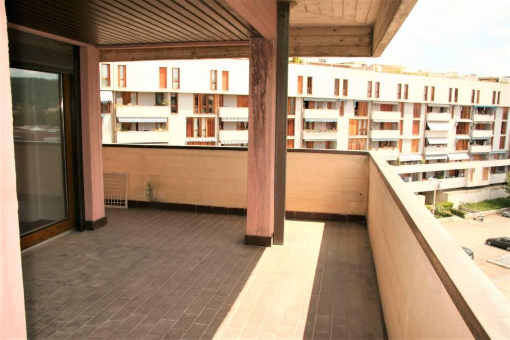 Appartamento in Vendita a Arezzo: 5 locali, 145 mq