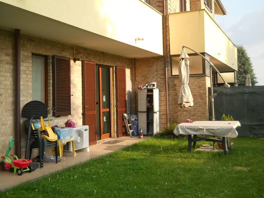 Appartamento in affitto a Rovello Porro, 2 locali, prezzo € 600 | CambioCasa.it