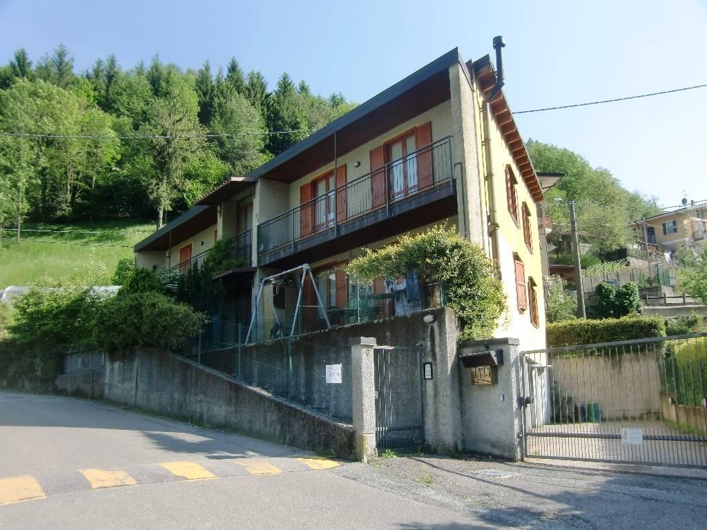 Appartamento in vendita a Valbrona, 2 locali, prezzo € 76.000 | PortaleAgenzieImmobiliari.it
