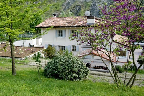 Foto 1 di Rustico / Casale via degli Spicchi, frazione Mercatale, Ozzano Dell'emilia