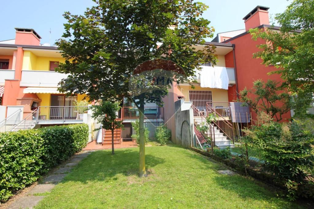 Villa a Schiera in vendita a Vicenza, 5 locali, prezzo € 275.000 | CambioCasa.it