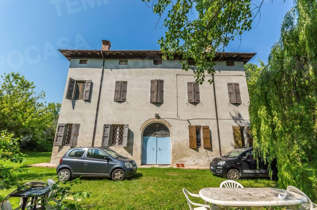 Foto 1 di Villa via Bomporto, Crevalcore