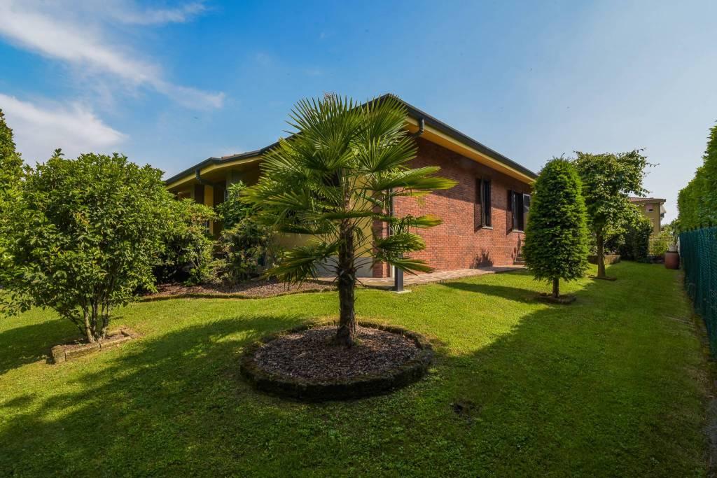 Villa in ottime condizioni in vendita Rif. 8859479