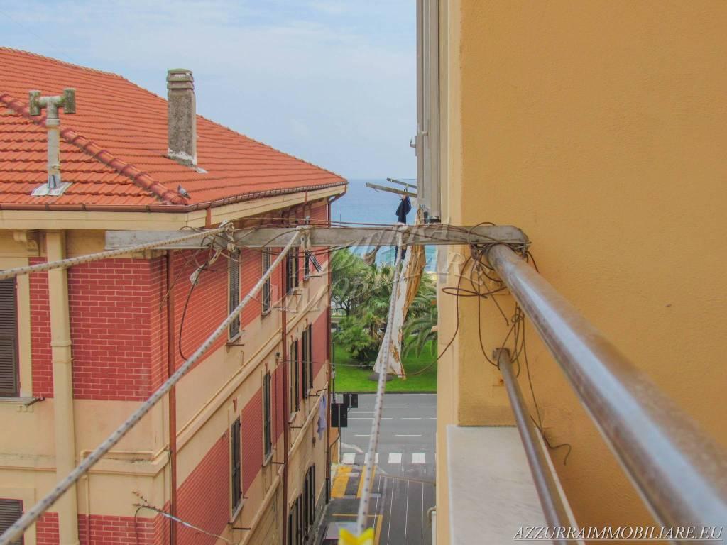 Appartamento in vendita via Anselmo Albissola Marina
