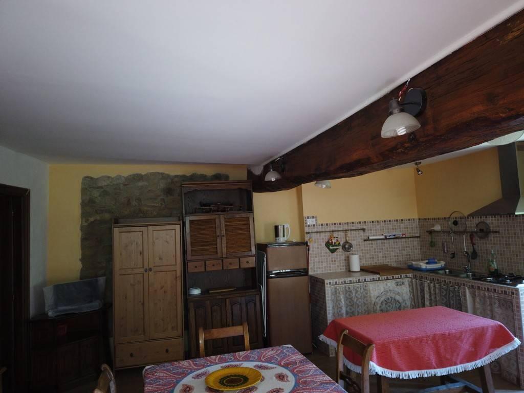 Attività / Licenza in vendita a Garbagna, 6 locali, prezzo € 250.000 | CambioCasa.it