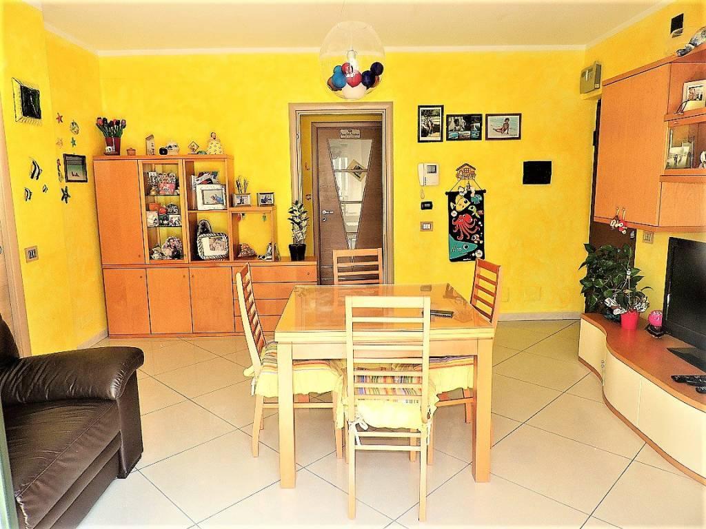 Foto 1 di Appartamento via Regno Unito 8, Orbassano