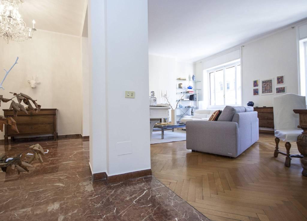 Appartamento in Vendita a Milano: 4 locali, 155 mq - Foto 2