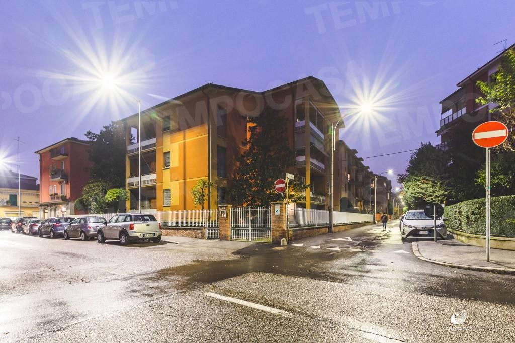 Foto 1 di Trilocale via Cavedone, Bologna (zona Mazzini, Fossolo, Savena)