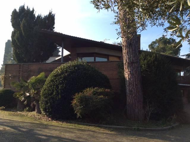 Foto 1 di Villa via dell'Osservanza, Bologna