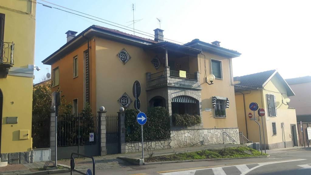 Foto 1 di Appartamento piazza Libertà, Villastellone
