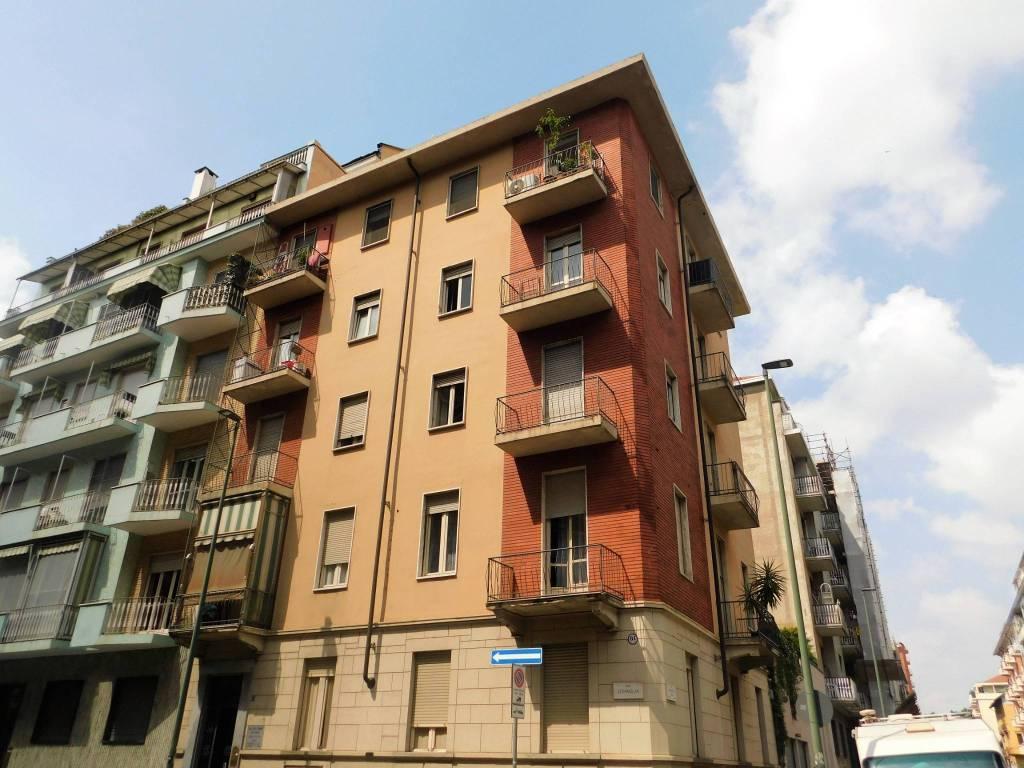 Foto 1 di Trilocale via Zumaglia 17, Torino (zona Parella, Pozzo Strada)