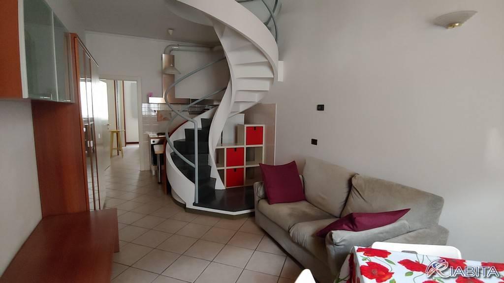 Appartamento in Affitto a Piacenza Centro: 2 locali, 60 mq