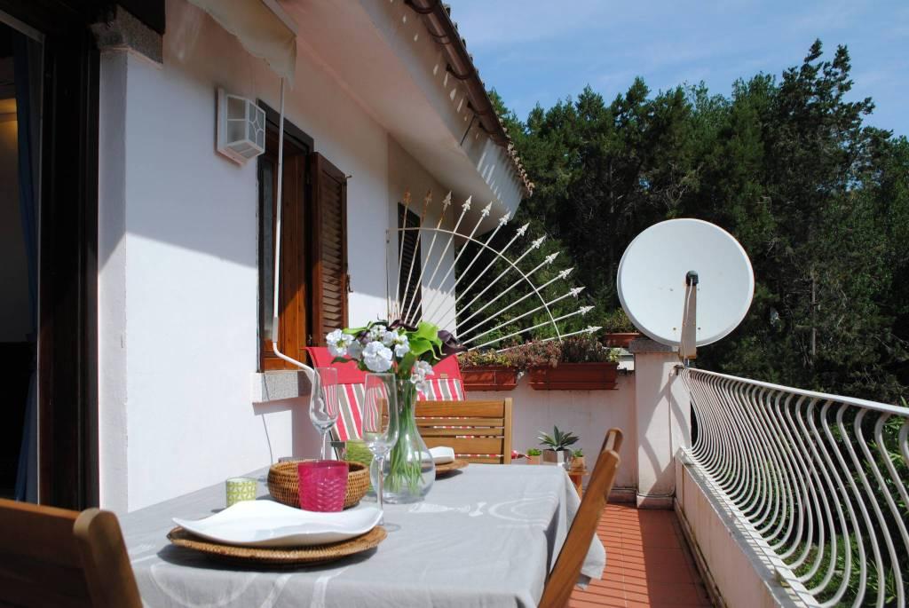 Foto 1 di Bilocale via Porto Rotondo, Olbia