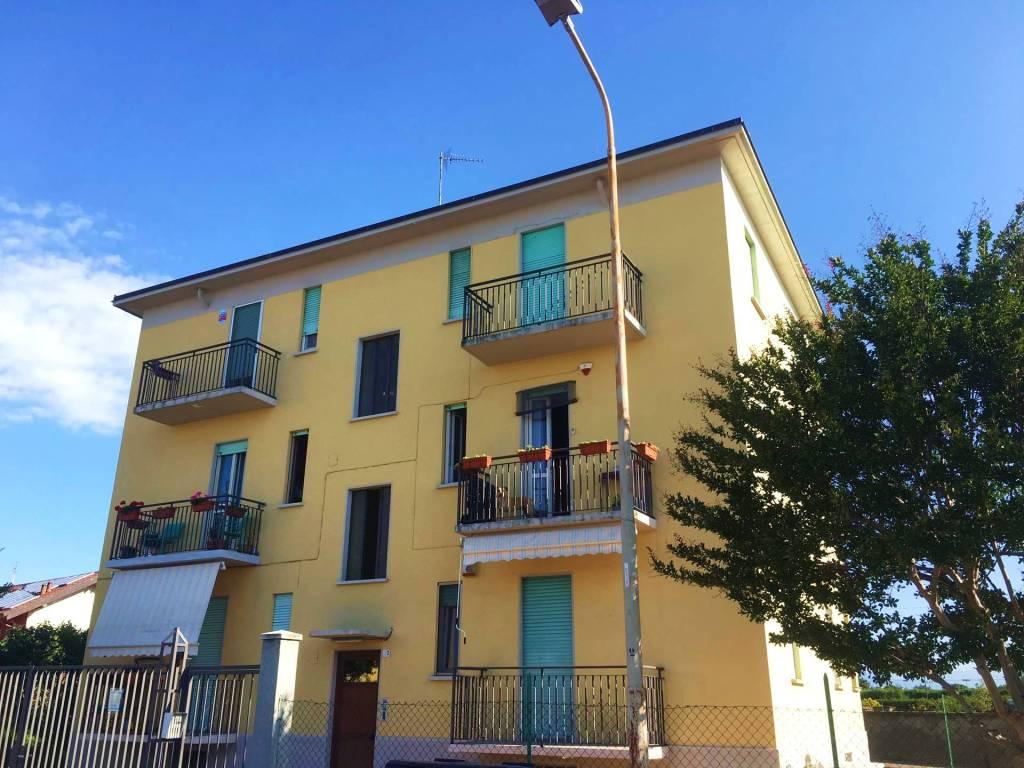 Foto 1 di Trilocale via Fratelli Bandiera 2, Rivalta Di Torino
