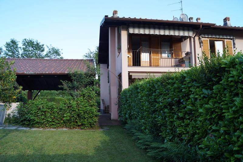 Appartamento in vendita a Taino, 3 locali, prezzo € 98.000 | CambioCasa.it