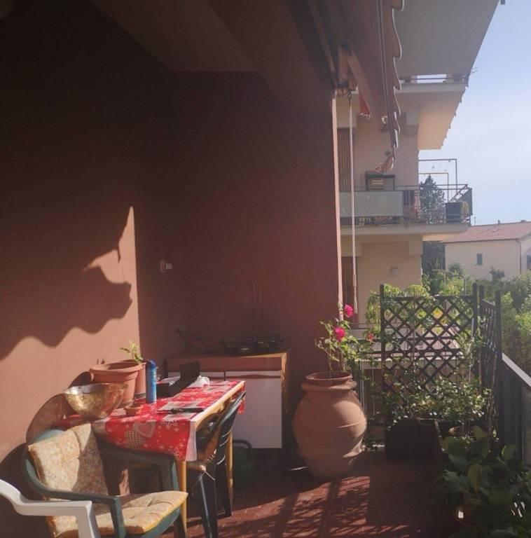 Appartamento in vendita a Foligno, 6 locali, prezzo € 155.000 | PortaleAgenzieImmobiliari.it