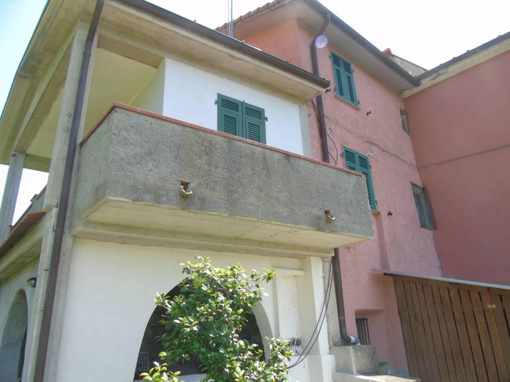 Soluzione Indipendente in vendita a Calice al Cornoviglio, 3 locali, prezzo € 60.000 | PortaleAgenzieImmobiliari.it