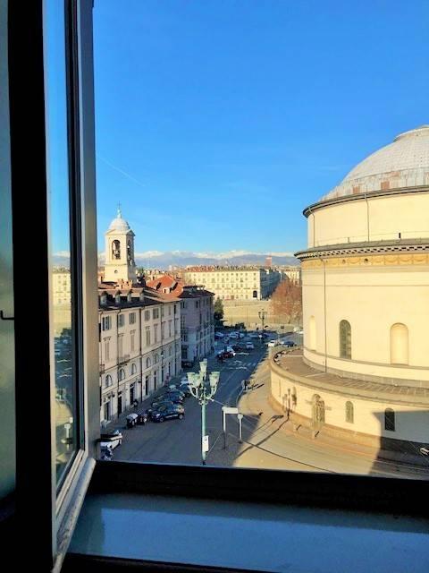 Foto 1 di Appartamento piazza Gran Madre di Dio 14, Torino (zona Precollina, Collina)