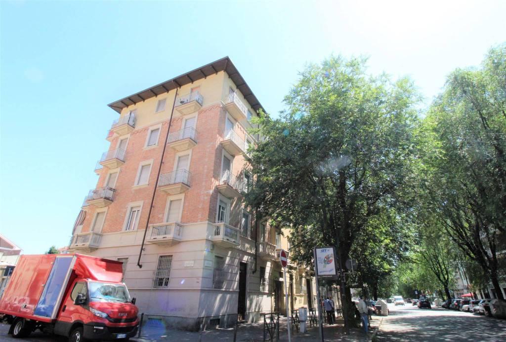 Foto 1 di Palazzo / Stabile via Breglio 58, Torino (zona Madonna di Campagna, Borgo Vittoria, Barriera di Lanzo)