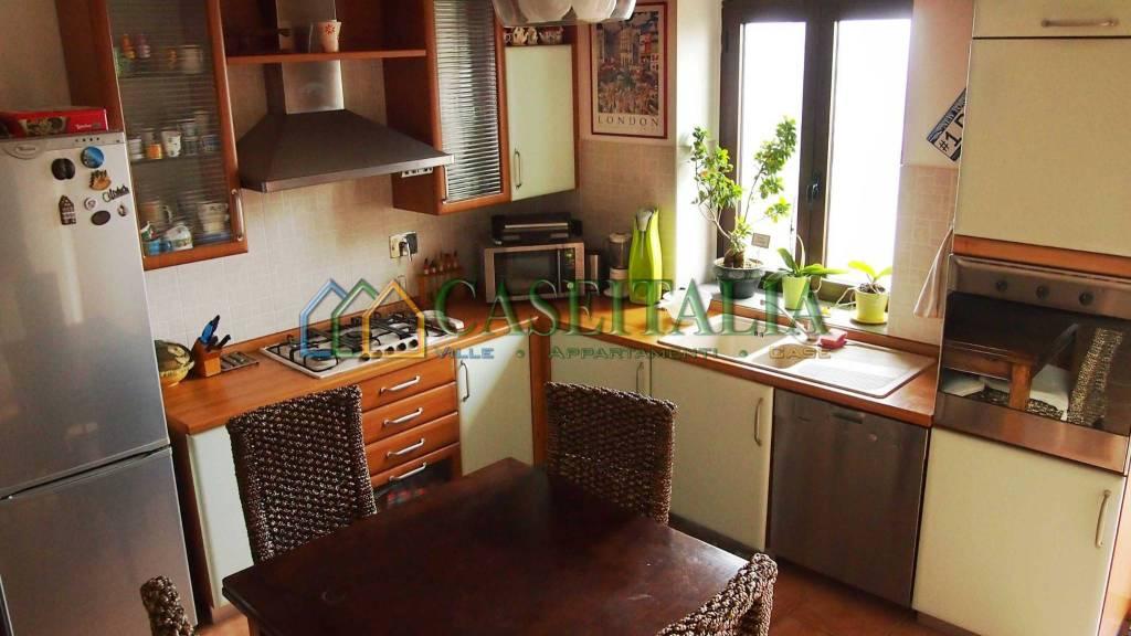 Foto 1 di Rustico / Casale via San Giovanni Bosco 37, Ivrea