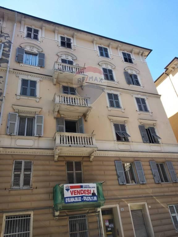 Foto 1 di Quadrilocale via Giuseppe Galliano 2, Genova (zona Sestri Ponente)