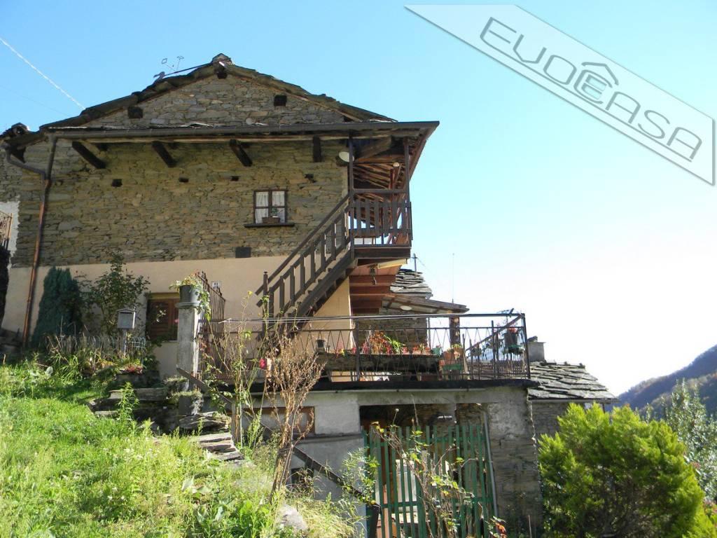 Foto 1 di Casa indipendente Borgata Costabella 9, Pramollo