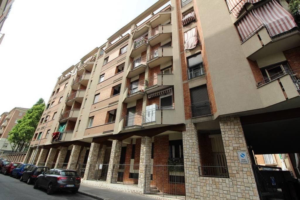 Foto 1 di Bilocale via Lodi 9, Torino (zona Valdocco, Aurora)