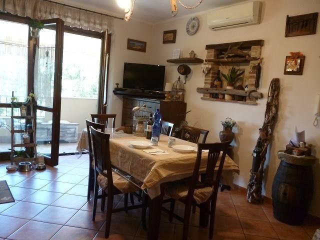 Appartamento in Vendita a Passignano Sul Trasimeno Periferia:  3 locali, 106 mq  - Foto 1