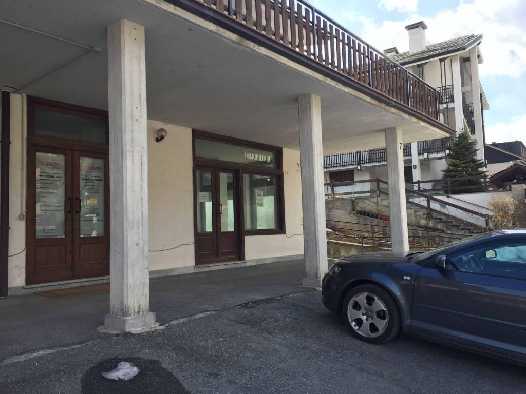 Negozio / Locale in vendita a Oulx, 1 locali, prezzo € 145.000 | PortaleAgenzieImmobiliari.it